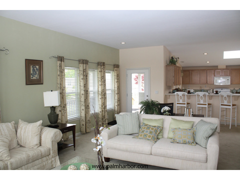 Spacious living room - The Mt. Bachelor 5V348D6, Palm Harbor Homes