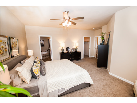 Master bedroom - The Mt. Shasta 5V465A4 manufactured home by Palm Harbor Homes - available in the Northwest
