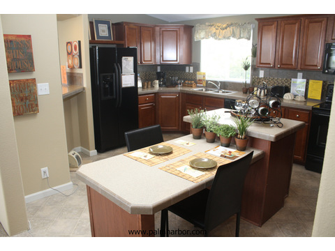 Gourmet kitchen - The Truman III N4P366A1, Palm Harbor Homes