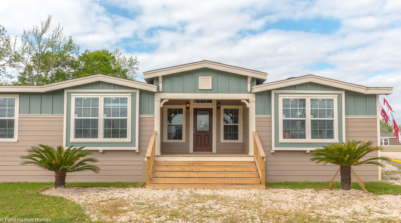 View the hacienda floor plan for a 2338 sq ft palm harbor for 14x80 mobile home floor plans