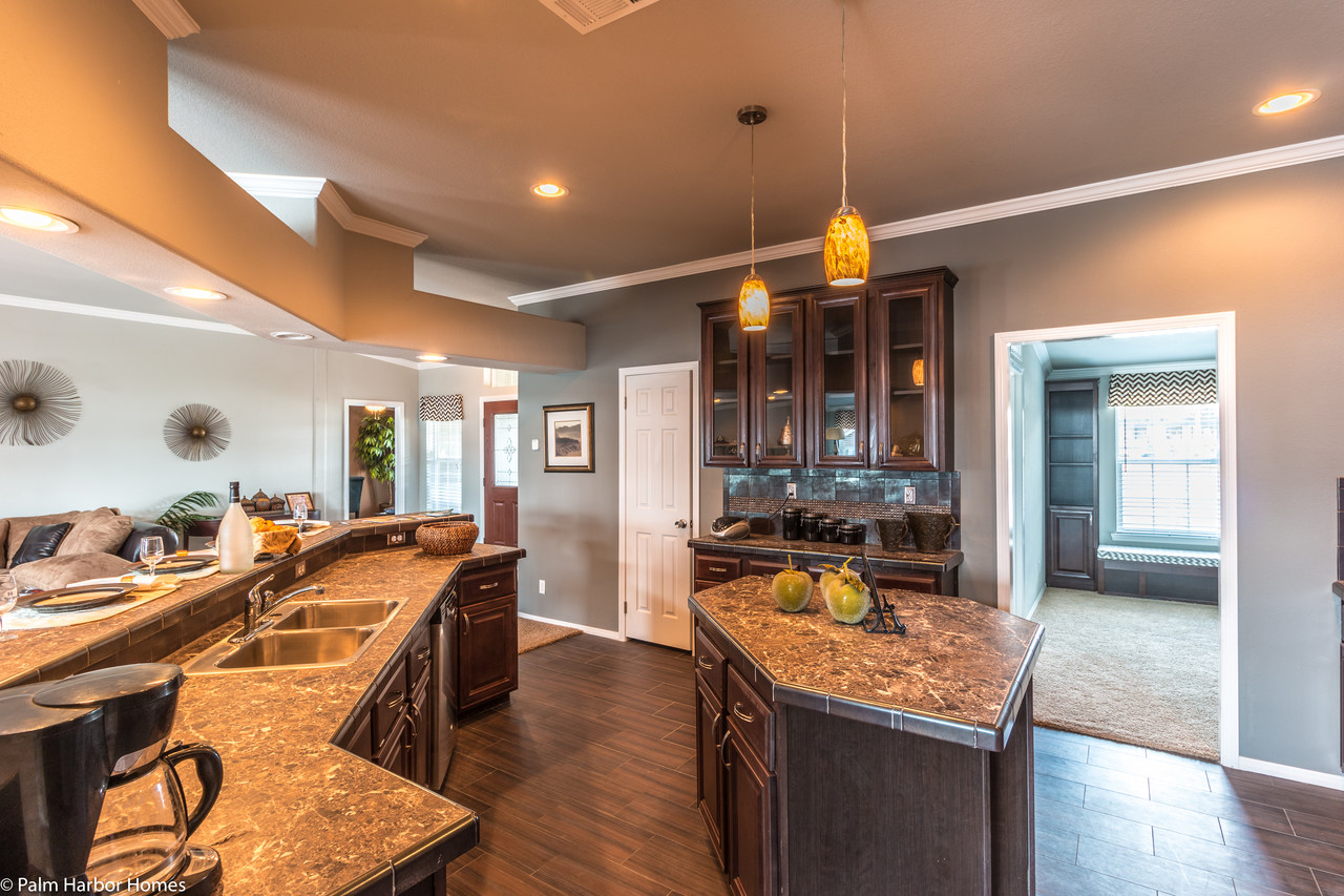 View The Hacienda Floor Plan For A 2338 Sq Ft Palm Harbor