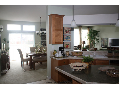 Open kitchen layout - The Timberridge 5V460T5, Palm Harbor Homes