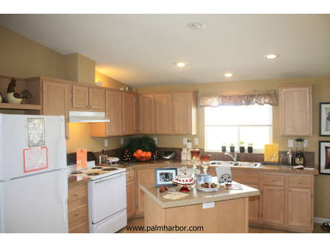 The Bay View I by Palm Harbor Homes - Kitchen with island