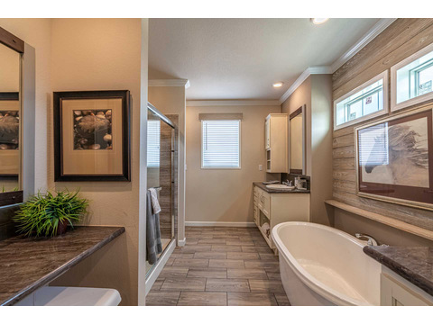 The Master Bath 1 - The Urban Homestead FT32563C manufactured home floor plan, 3 Bedrooms, 2 Baths, 1,736 Sq. Ft. Exterior Dimensions: 56'x31'
