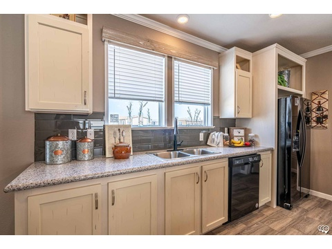 Kitchen - The Urban Homestead FT32563C manufactured home floor plan - Palm Harbor Homes, 3 Bed, 2 Baths, 1,736 Sq. Ft. Exterior Dimensions: 56'x31'
