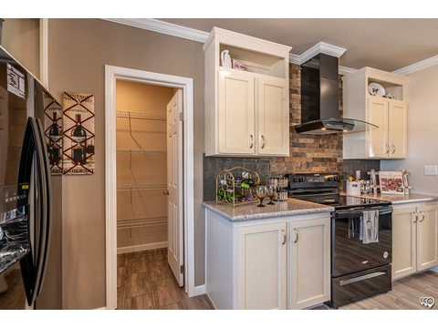 Kitchen - The Urban Homestead FT32563C manufactured home floor plan by Palm Harbor Homes, 3 Bedrooms, 2 Baths, 1,736 Sq. Ft.