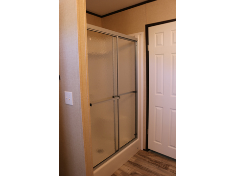 Separate shower in master bathroom - Model 16763R