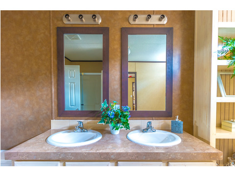 Dual vanity in master bathroom - Model 16763R single wide manufactured home with 3 Bedrooms, 2 Baths, 1,185 Sq. Ft. available from Palm Harbor Homes