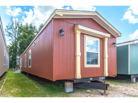 Exterior of Model 16763R single wide manufactured home with 3 Bedrooms, 2 Baths, 1,185 Sq. Ft. available from Palm Harbor Homes
