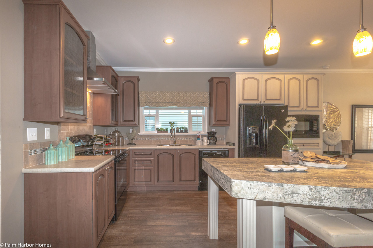 Palm Harbor Mobile Home Kitchens on santa barbara kitchens, manufactured home kitchens, palm harbor mobile manufactured home, palm harbor mobile home closets, smart big kitchens, skyline homes kitchens, texas mobile kitchens,