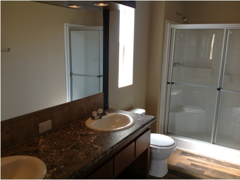 Master bathroom - The Durango LCD2844C