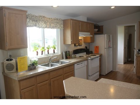 Kitchen - The Mountain View I 4P368S63, Palm Harbor Homes
