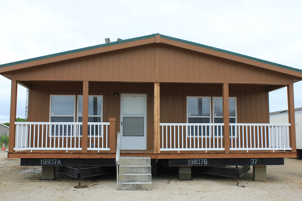 The retreat 30603r manufactured home floor plan or modular for Deck plans for mobile homes