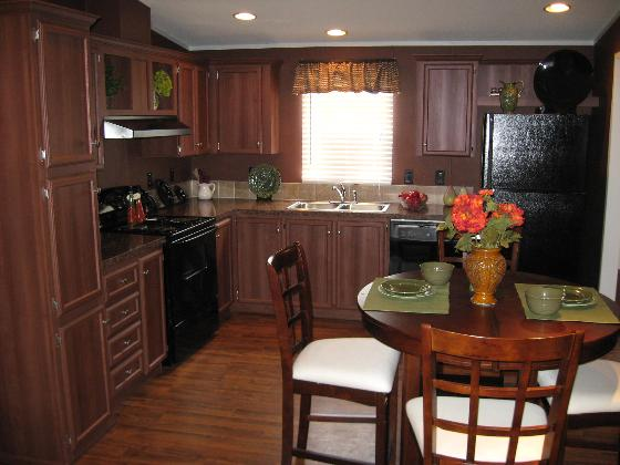 Warm Kitchen - 40E4
