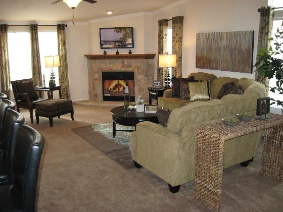 La Linda Family Room w/ Fireplace