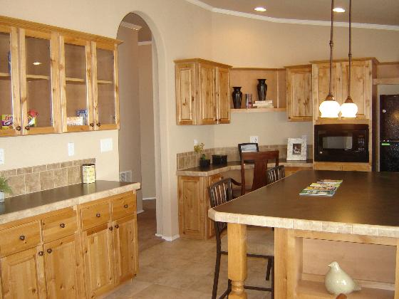 Beautiful Kitchen with So Much Cabinet Space
