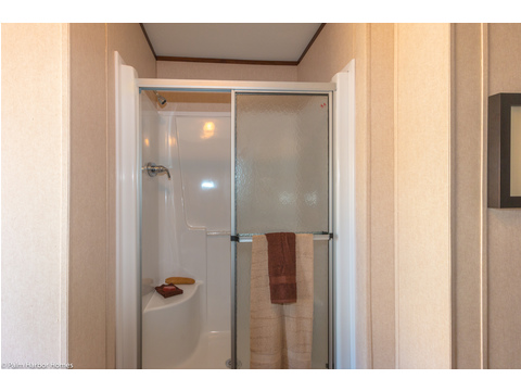 Separate shower in master bath - The Velocity 44 VE32443V