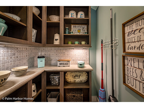 Walk In Pantry in the Estate Farmhouse LS30764A 3 Bedrooms, 2 Baths, 2,280 Sq. Ft. – By Palm Harbor Homes – Available in Florida ONLY – Not Alabama, Georgia or Mississippi.