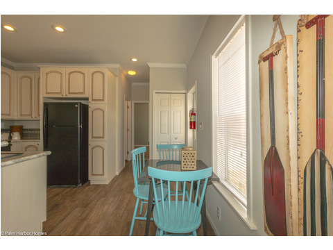 Eat in area -  in the Waverly LS15471A -1 Bedroom, 1 Bath, 555 Sq. Ft.  - By Palm Harbor Homes