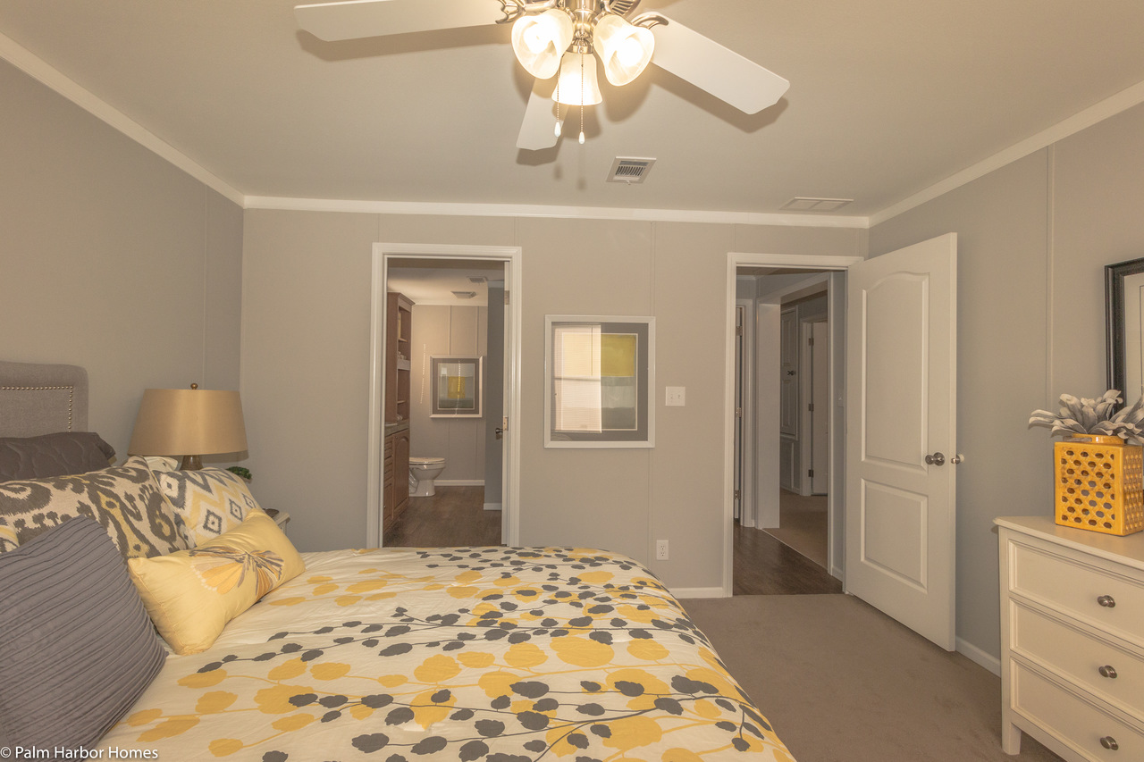 View monet ii floor plan for a 1173 sq ft palm harbor for Manufactured homes with 2 master suites