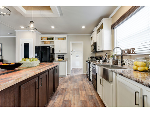 Kitchen - The Somerset III - 4 Bedroom, 3 Bath - 2356 sq. ft.