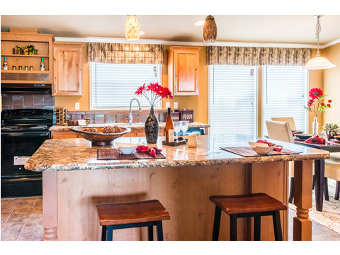 Beautiful eat-in Kitchen in The Bonanza manufactured home by Palm Harbor Homes - 3 Bedrooms, 2 Baths, 1,984 Sq. Ft.  - double wide home