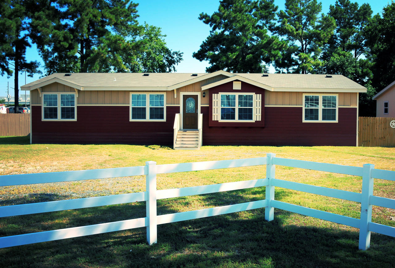 Mobile Home Designs: The Bonanza VR32643A Manufactured Home Floor Plan Or