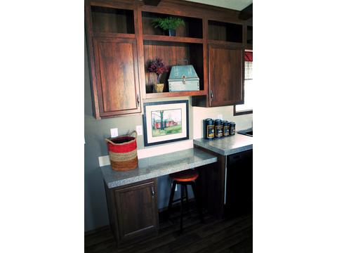 Built in desk area in the kitchen!!