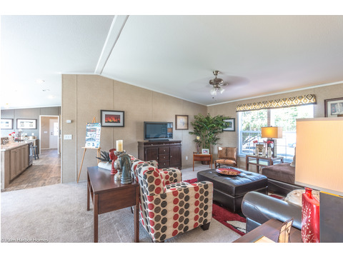 Great room - The Heritage Home III TLP360A5 by Palm Harbor Homes
