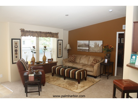 The Klamath - living room. Picture of home by manufactured/modular builder Palm Harbor.
