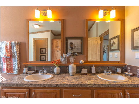 Double vanity in master bath - The Montana VR32663A by Palm Harbor Homes