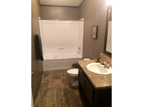 Guest bathroom - Pecan Valley V Extra Wide KHV476B2 or ML34764P by Palm Harbor Homes