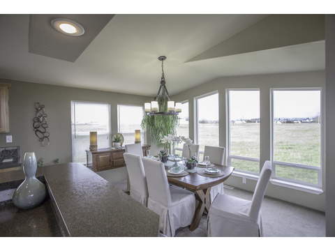 Dining room - The Sunset Bay by Palm Harbor Homes