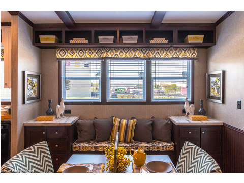 Cozy and practical window seats by the dining area - The Arlington ML30523A by Palm Harbor Homes