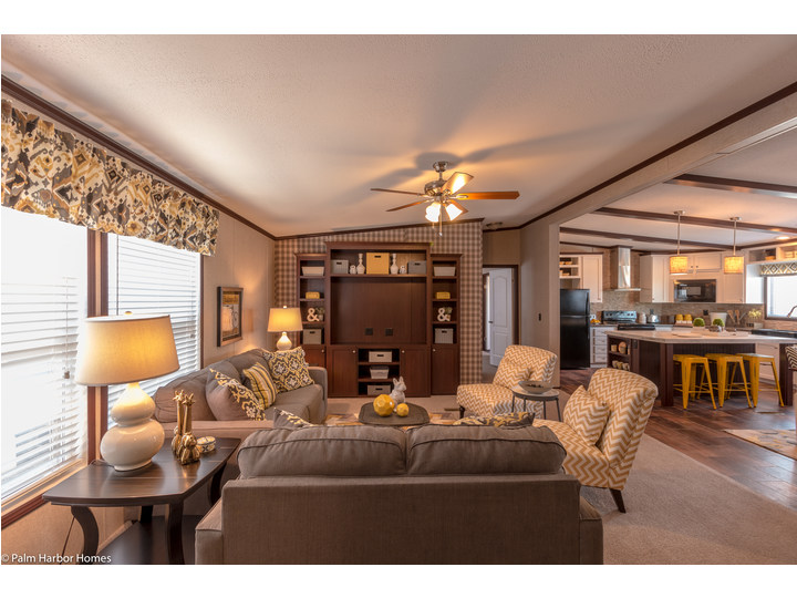 Living Room Seen From Entrance   The Arlington ML30523A By Palm Harbor Homes