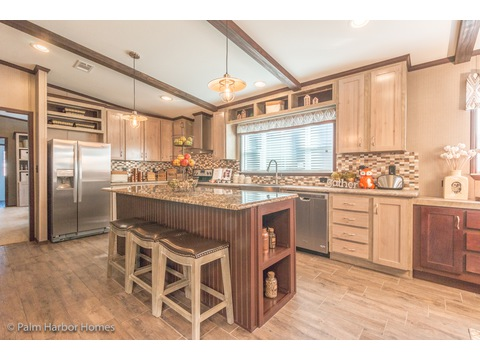 Fantastic family kitchen in the Lucky 7 Model II ML28724L Palm Harbor manufactured two section home - 4 Bedrooms, 3 Baths, 1,967 Sq. Ft.  Available in Louisiana, Mississippi, New Mexico, Oklahoma and Texas.