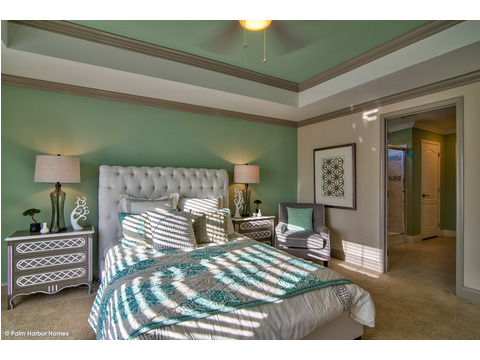 Master bedroom - The Riviera II, 3 Bedroom, 2 Bath, 2,040 Sq. Ft. manufactured home by Palm Harbor in Plant City