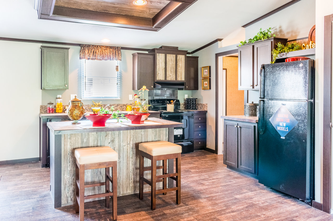 The momentum ii mm32483a manufactured home floor plan or for House plans with eat in kitchen