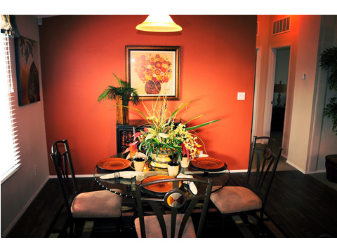 Nice spacious dining area, large enough for whatever size table you need to accommodate your family!!