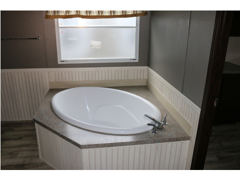Soak away the days stress in this large soaker tub!