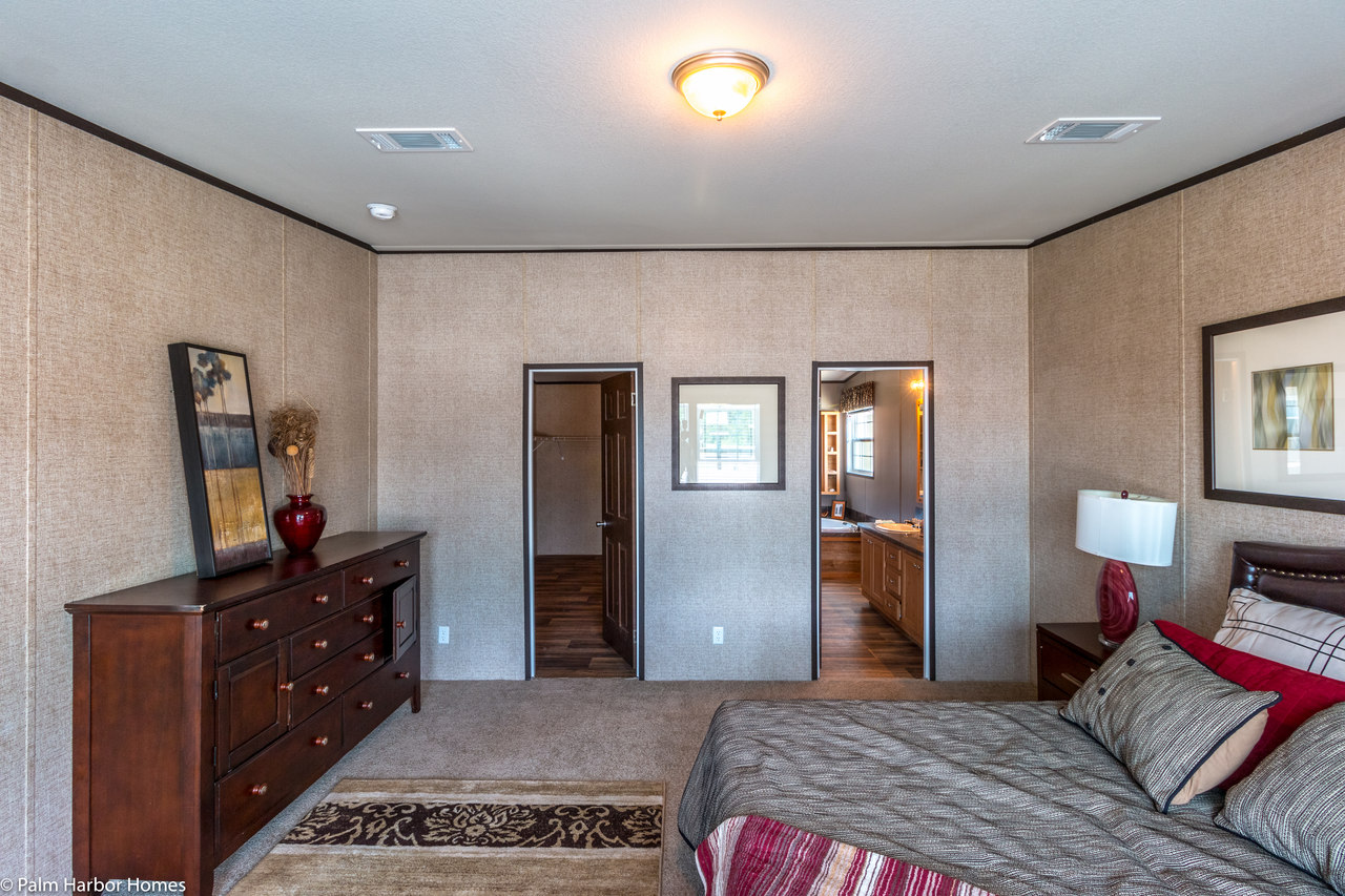 the momentum iv mm32643a manufactured home floor plan or On manufactured homes with 2 master suites