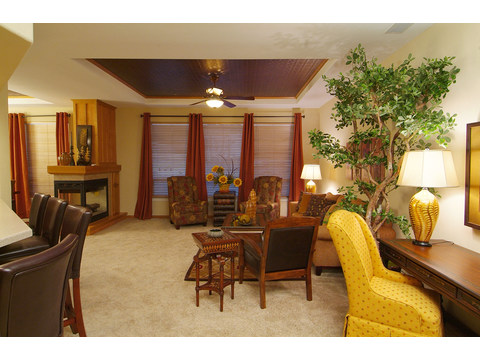 Huge great room - The Timberridge Elite 5V468T5, Palm Harbor Homes