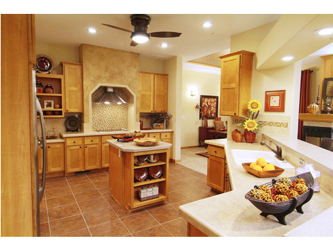 Large entertaining kitchen - The Timberridge Elite 5V468T5, Palm Harbor Homes