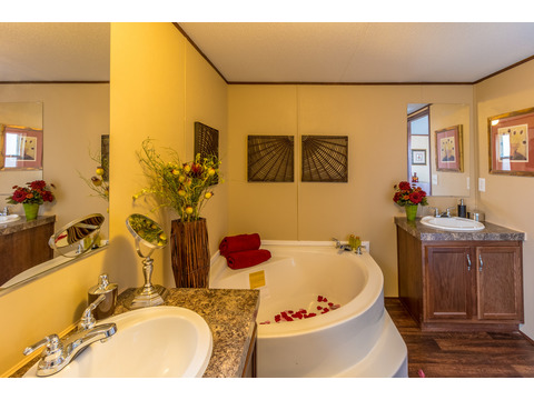 His and Hers vanities in the Model 16763V Master Bath - Palm Harbor Homes - 3 Bedrooms, 2 Baths, 1,178 Sq. Ft.