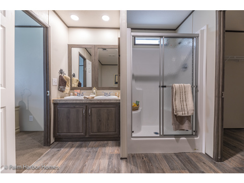 Walk-in shower in the Master Bath.  Velocity by Palm Harbor Homes - 4 Bedrooms, 2 Baths, 1860 Sq. Ft.