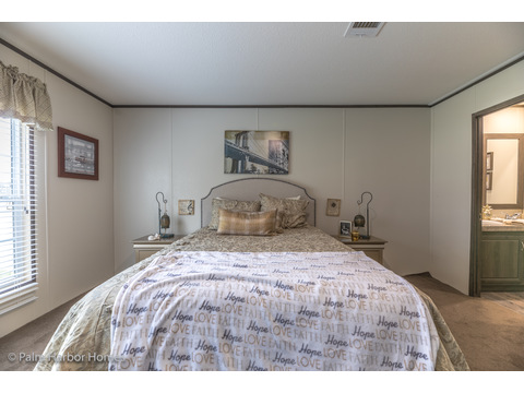 Walk in closet and on suite Master Bath.  Velocity by Palm Harbor Homes - 4 Bedrooms, 2 Baths, 1860 Sq. Ft.