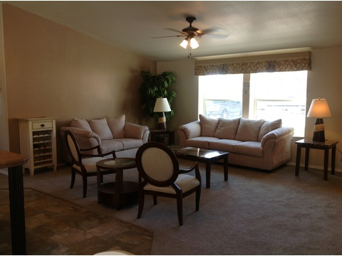Look at all that space in the living area PLUS the HUGE windows :) - The American Dream I HI2856A, Palm Harbor Homes
