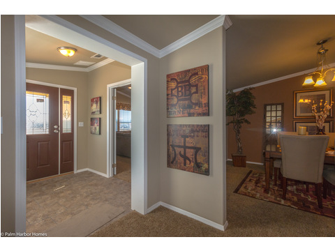 Home entrance, seen from living room, with optional media room flex space - The Bonanza Flex SCXE64F1 or VR47643A