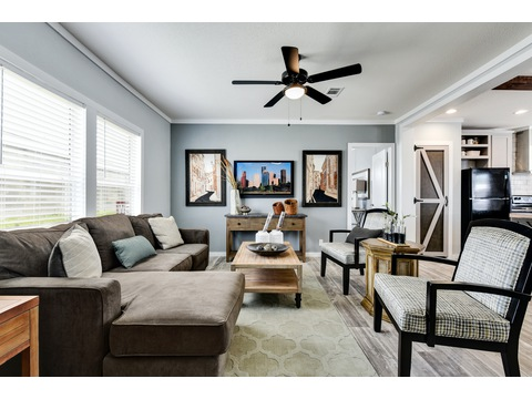 Living Area - The Horizon 48 Limited Edition - 3 Bedroom, 2 Bath - 1440 sq. ft.