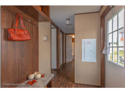 Mudroom area at rear entrance - Model 16563V, 3 Bedrooms, 2 Baths, 868 Sq. Ft.